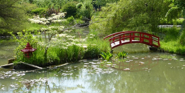Bennetts Water Gardens include bridges that echo Giverny