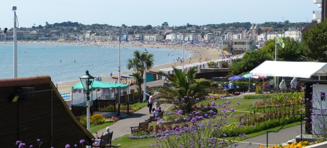 Greenhill Gardens are at the north end of Weymouth beach